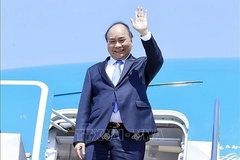 President Nguyen Xuan Phuc begins official friendship visit to Cuba