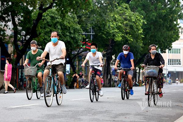 Hà Nội: Quận Hai Bà Trưng đề xuất từ 1/10 mở lại tất cả hoạt động, dịch vụ