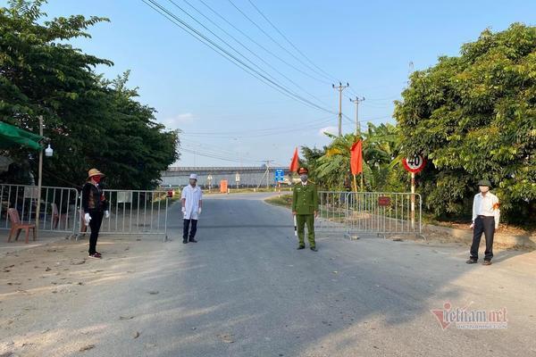 Bốn địa phương tiếp nhận người về từ Hà Nội như thế nào?