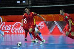 """HLV Phạm Minh Giang: """"Futsal Việt Nam yếu nhưng chiến đấu kiên cường"""""""
