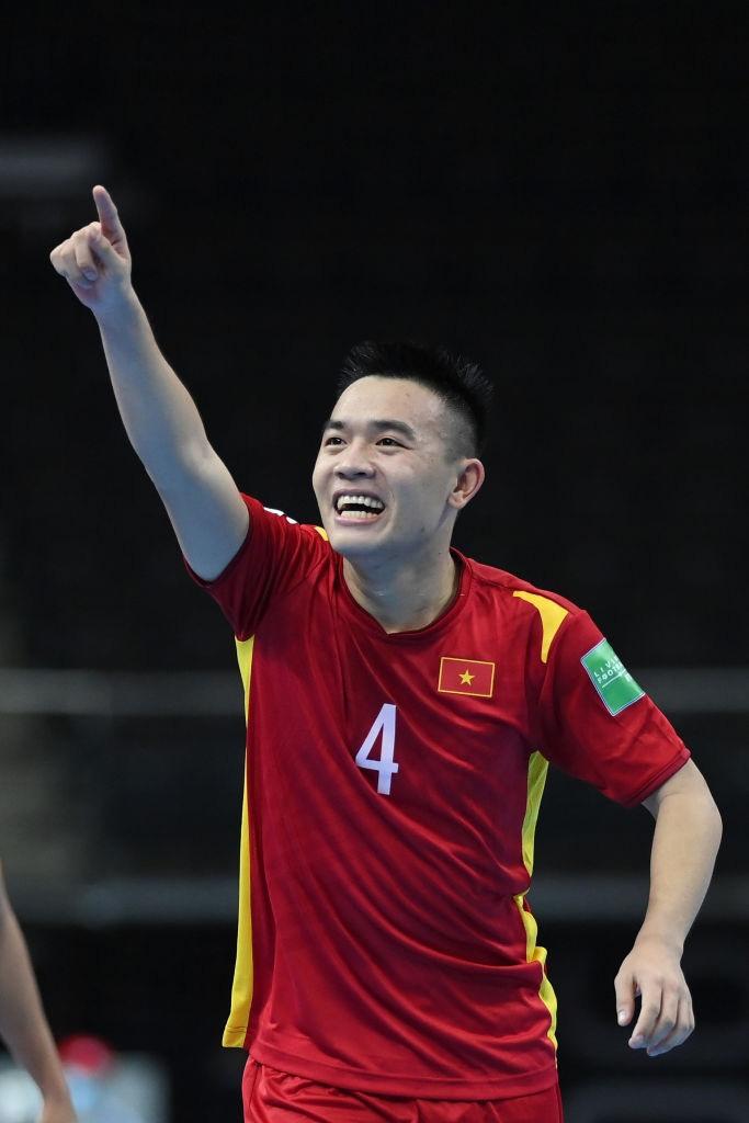 HLV Phạm Minh Giang: 'Futsal Việt Nam yếu nhưng chiến đấu kiên cường'