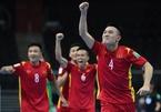 Cầu thủ futsal Việt Nam quẩy sung, tiết lộ bí quyết bất ngờ