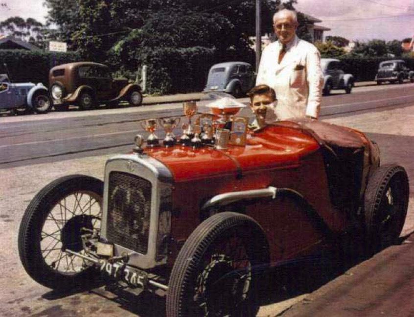 Bruce McLaren: Từ tay đua cự phách, kỹ sư ô tô đến ông chủ hãng siêu xe