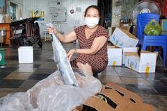 Hàng nghìn tấn tôm, cá ế đầy kho: Nghệ An tìm cách gỡ khó cho dân