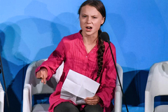 Bài phát biểu chấn động thế giới của 'người hùng môi trường' 16 tuổi