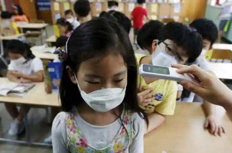 Philippines thí điểm tái mở cửa hàng trăm trường học