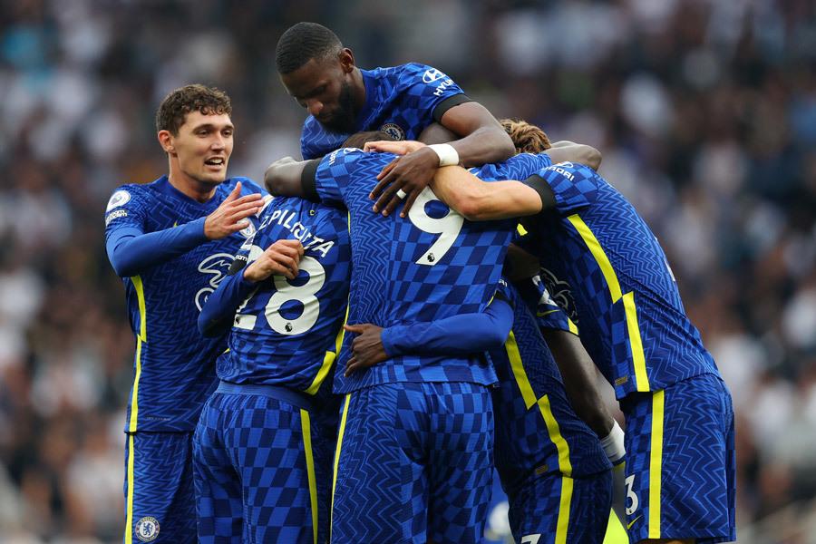 Chelsea tiến bước mạnh mẽ: Phép màu của Thomas Tuchel