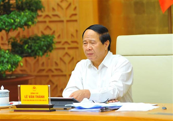 Ministry asks Government to reconsidered '3-on-site'production model