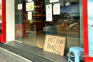 Bất ngờ ở Hà thành: Bánh Trung thu khan hiếm, chưa dọn cỗ đã hết sạch