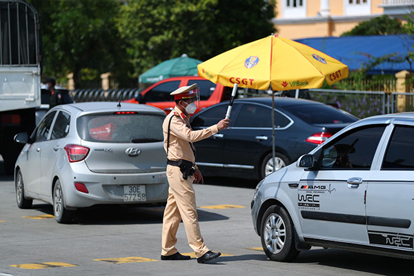 Những loại giấy tờ người dân tỉnh, thành khác cần có để vào Hà Nội