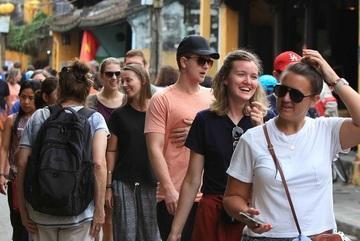 Tourism reopening: Phu Quoc's problem, Vietnam's lesson