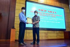 Gigamall Việt Nam ủng hộ 10 tỷ đồng mua thuốc điều trị Covid-19