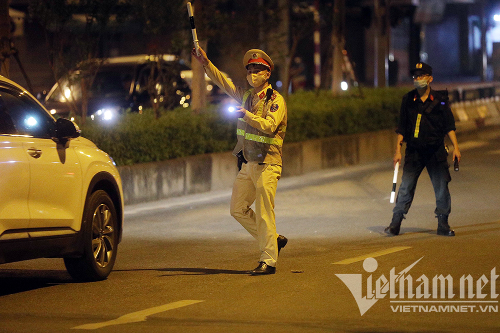 Đêm Trung thu, nhiều nhóm quay đầu xe bỏ chạy khi gặp lực lượng 141