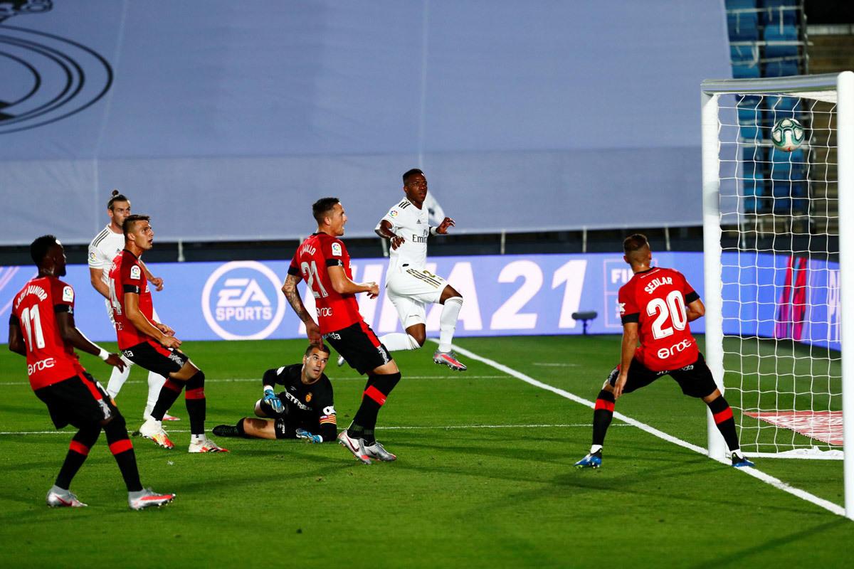 Real Madrid vs Mallorca: Chờ mưa bàn thắng