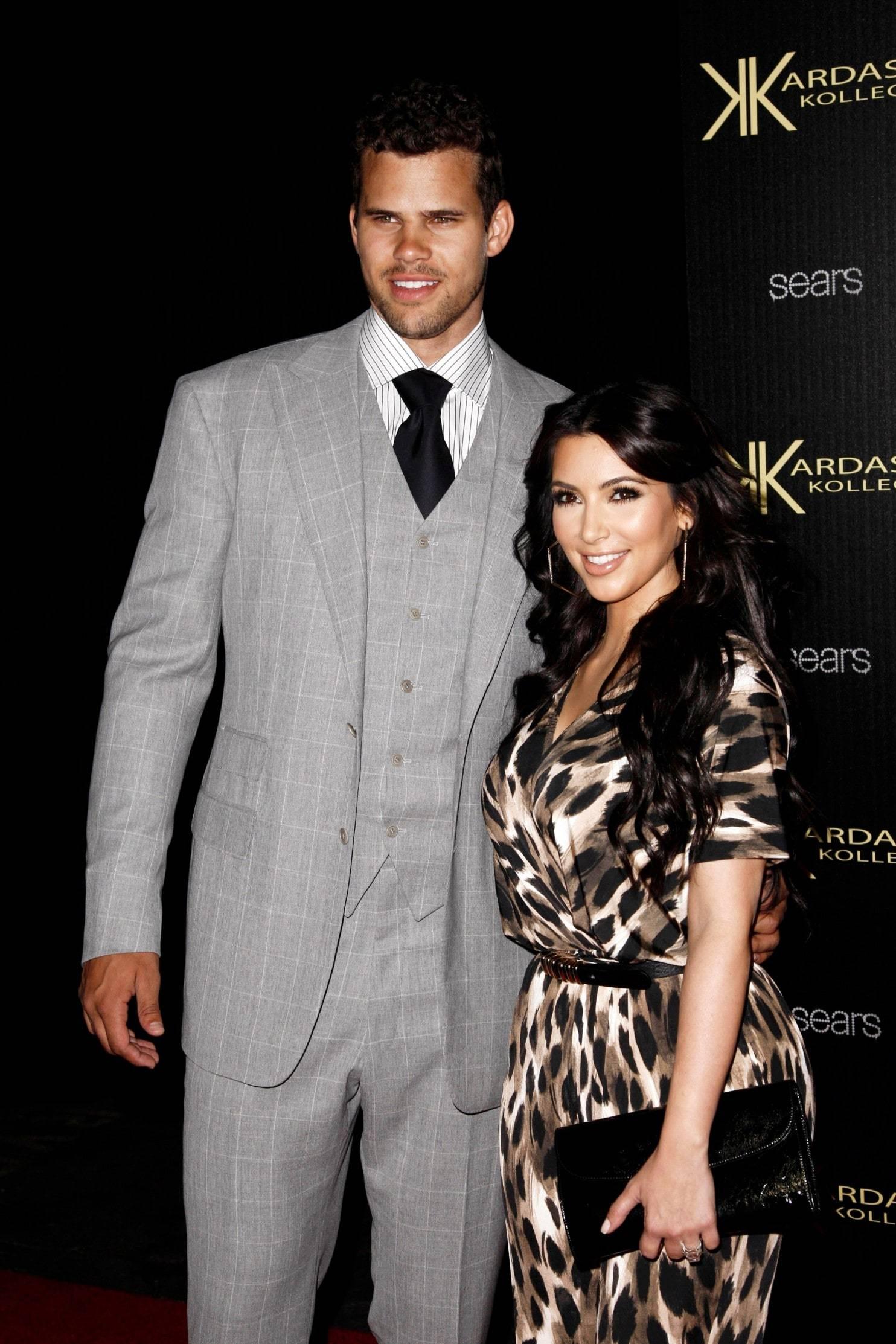 Quá khứ tai tiếng, có 3 đời chồng và 4 con của Kim Kardashian