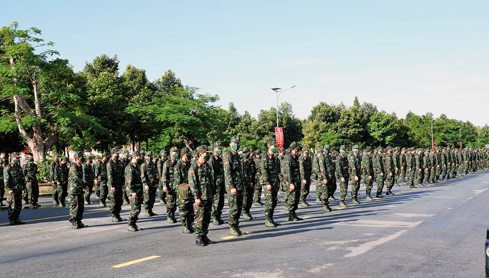 Quân khu 9 điều 1.000 cán bộ, y bác sĩ hỗ trợ TP.HCM xét nghiệm Covid-19