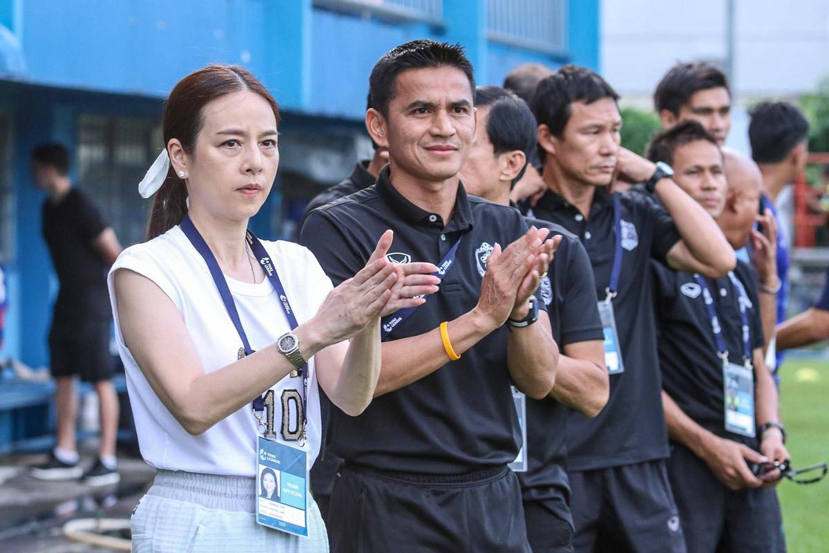 Thái Lan muốn Kiatisuk ngồi 'ghế nóng' chiến AFF Cup