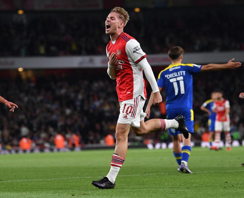 Pháo thủ trẻ ghi bàn, Arsenal thắng 'ba sao'