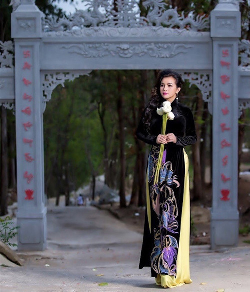 covid-19 news,vietnamese singers