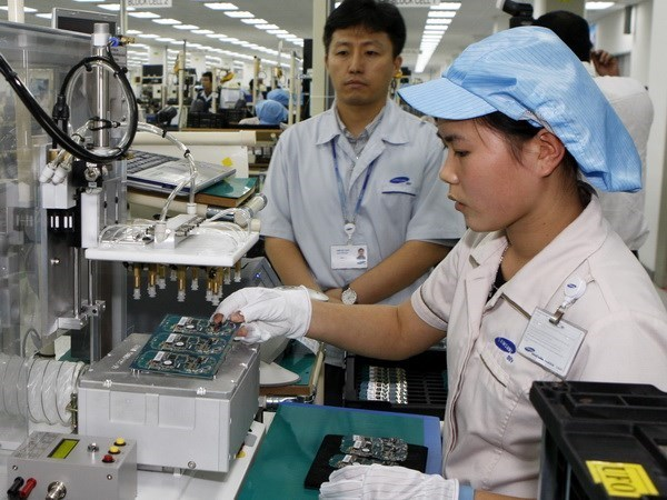 Korean firms pour US$2.43 billion into Vietnam in eight months