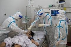 TP.HCM: Số bệnh nhân thở máy nặng có xu hướng giảm