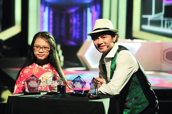 Cô bé lớp 6 tranh tài 'Vua Tiếng Việt'