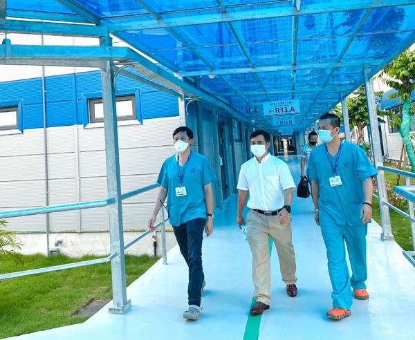 CMC tặng máy tính và hệ thống máy chủ cho bệnh viện điều trị Covid-19