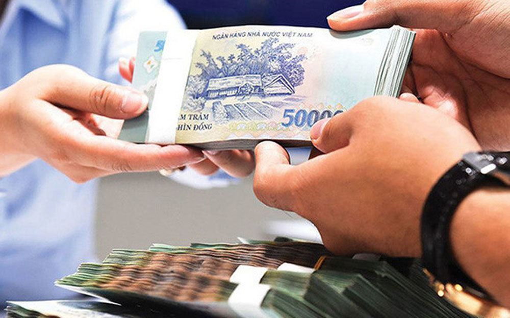 Banks offer to sell consumer debts of only hundreds of thousand of VND