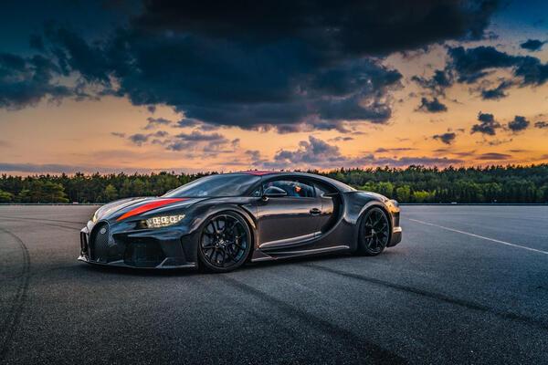 8 siêu xe Bugatti Chiron Super Sport tuyệt đẹp trị giá 33 triệu USD