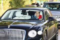 Vì sao chiếc Bentley tay lái thuận của Ronaldo được chạy ở Anh?