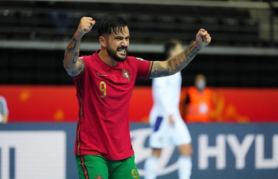 Thắng kịch tính Serbia, Futsal Bồ Đào Nha vào tứ kết