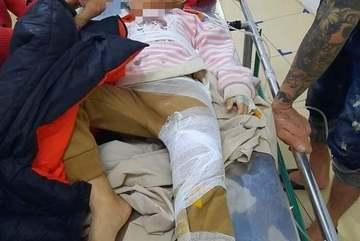 Sạt lở đất trong đêm ở Hà Tĩnh, hai chị em phải đi cấp cứu