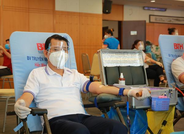 Sacombank đồng hành cùng chương trình ATM hiến máu cứu người