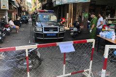 TP.HCM dự kiến dỡ bỏ dần chốt chặn, hàng rào trên đường