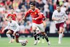 MU 0-0 Aston Villa: Quỷ đỏ hú vía (H1)
