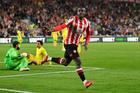 Liverpool bị cưa điểm sau màn rượt đuổi nghẹt thở