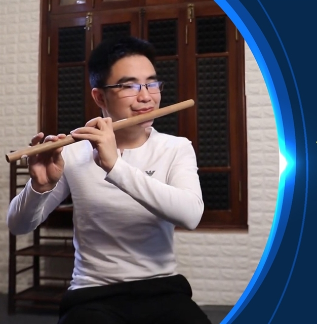 Young flautist stirs passion for traditional music