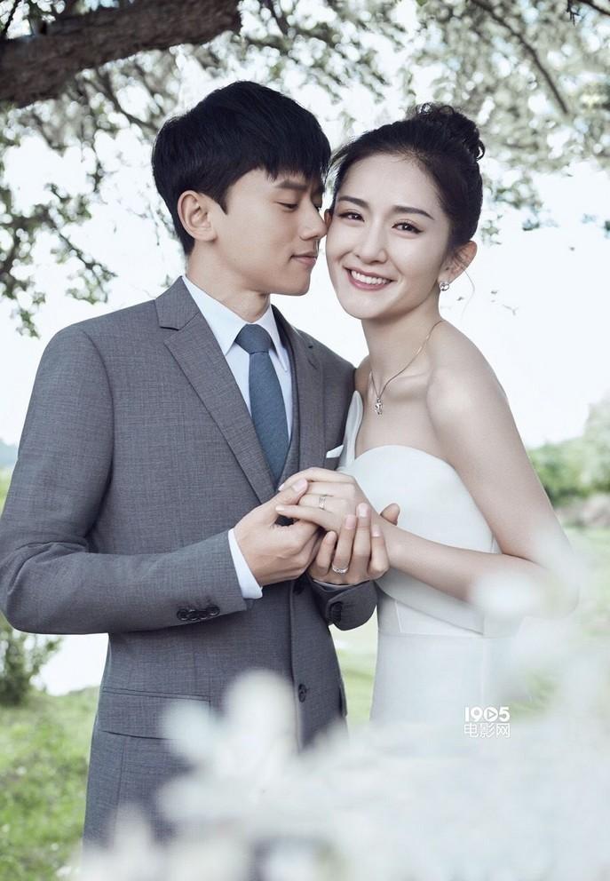 Hôn nhân viên mãn của vợ chồng MC số 1 Trung Quốc Tạ Na