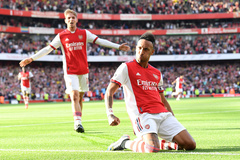 Hàng công bùng nổ, Arsenal đè bẹp Tottenham