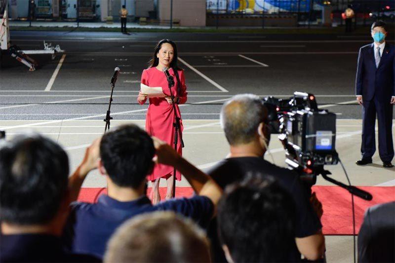 Hồi hương như người hùng, 'công chúa' Huawei cảm ơn ông Tập Cận Bình