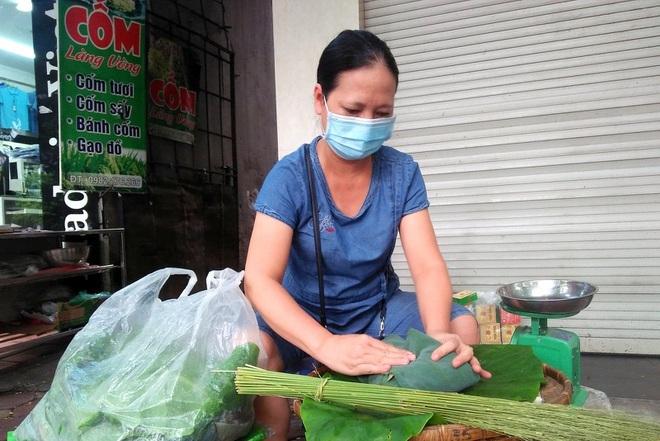 Hà Nội: 'Thủa bán cả tạ cốm Vòng chỉ còn là hoài niệm...'