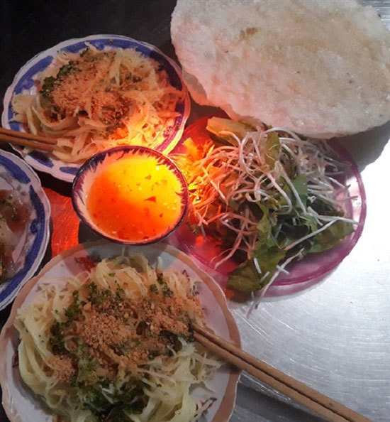 Bun day, a must-try dish in Binh Dinh