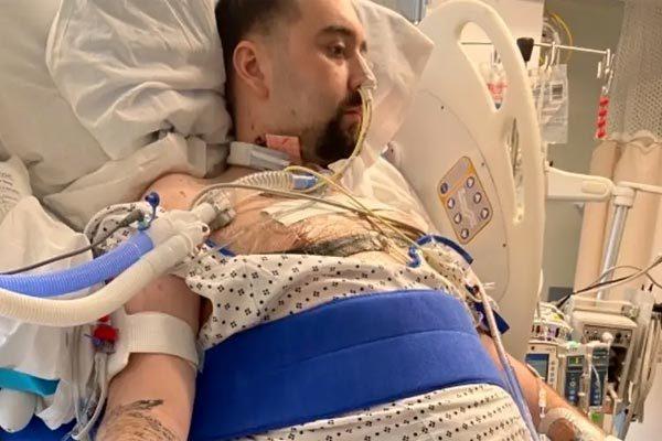 Chàng trai kể chuyện thoát chết sau khi bị Covid-19 'ăn sạch' hai lá phổi