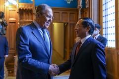 Việt Nam đề nghị Nga tiếp tục hỗ trợ thuốc, công nghệ sản xuất vắc xin