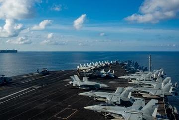 Nhóm tàu sân bay Mỹ diễn tập chống ngầm ở Biển Đông
