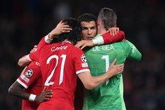 MU thắng hú vía Villarreal: Ronaldo giải cứu Solskjaer