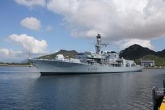 Sức mạnh tàu chiến Anh vừa cập cảng Cam Ranh