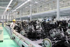 Vietnam needs long-term vision to develop automobile industry: experts
