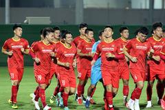 HLV Park Hang Seo loại Đình Trọng trước giờ đấu Trung Quốc