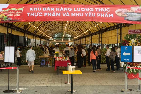Giga Market mở khu bán thực phẩm, nhu yếu phẩm phục vụ người dân TP.HCM